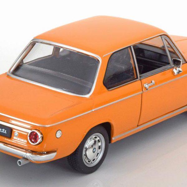 BMW 2002Ti Oranje 1-24 Welly