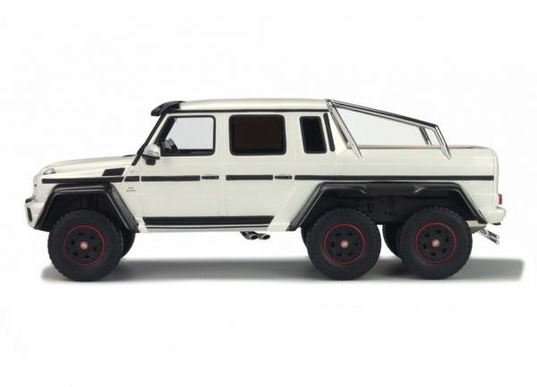 Mercedes-Benz G63 AMG 2014 6X6 Zwart 1:18 GT Spirit Limited 500 Pieces