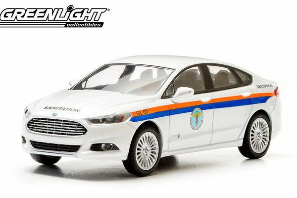 Ford Fusion 2013 The City of New York Department of Sanitation DSNY 1-43 Greenlight Collectibles