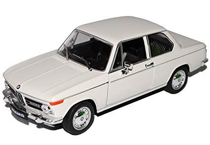 BMW 2002 Ti Beige 1-24 Welly