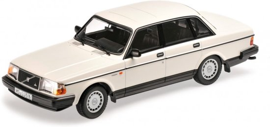 Volvo 240 GL 1986 Wit 1-18 Minichamps Limited 300 Pieces