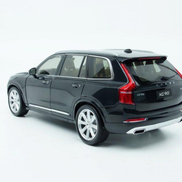 Volvo XC90 2015 SUV Model Zwart 1-18 Motorcity