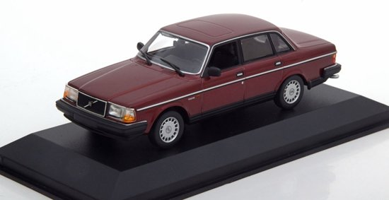 Volvo 240 GL 1986 Donkerrood Metallic 1-43 Maxichamps