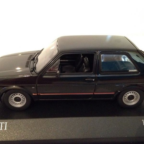 Volkswagen Golf II GTi 1985 Zwart 1-43 Minichamps Limited 1344 pcs.