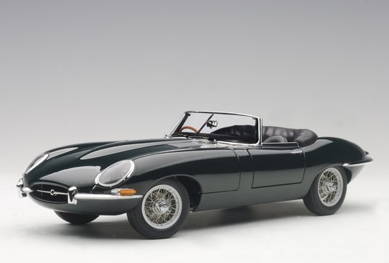 Jaguar E-Type Roadster Series I 3.8 - 1961 British Racing Green 1:18 Autoart