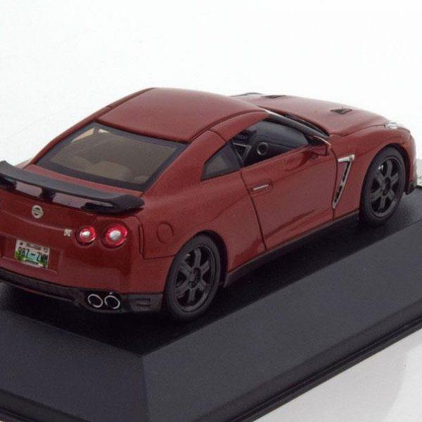 Nissan GT-R R35 Rood 2014 Black Edition 1-43 PremiumX ( Resin )