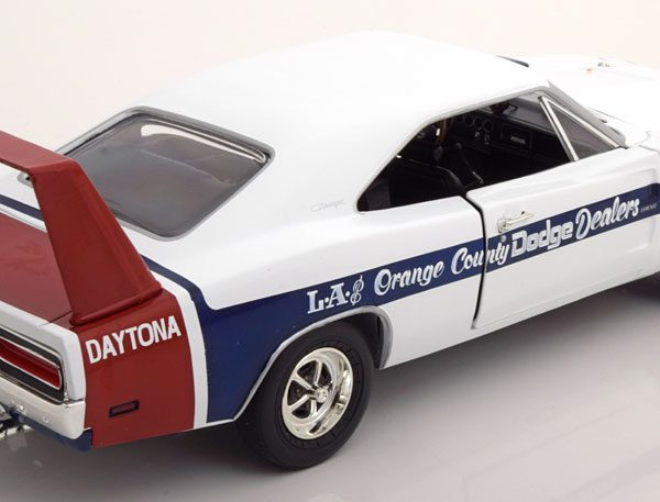 Dodge Charger Daytona 1969 Wit / Blauw 1-18 Ertl Autoworld Limited 1002 Pieces