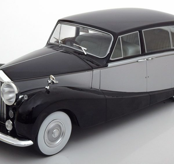 Royce Silver Wraith Empress by Hooper 1956 Zwart / Zilver 1-18 MCG Models