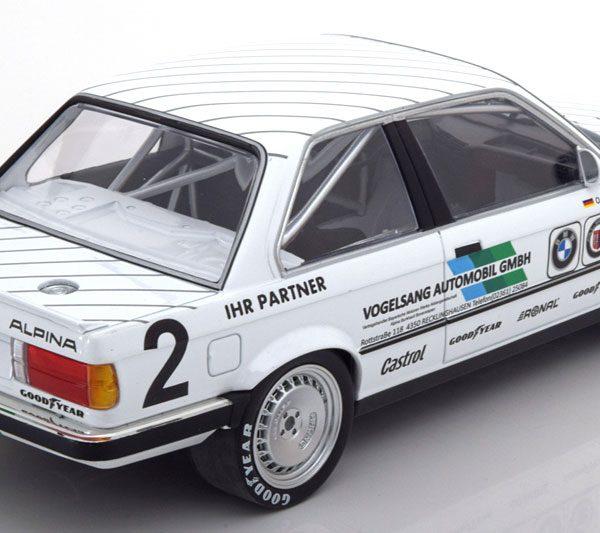 BMW 325i E30 No.2, DTM 1986 Eifelrennen Manthey 1-18 Minichamps Limited 350 Pieces