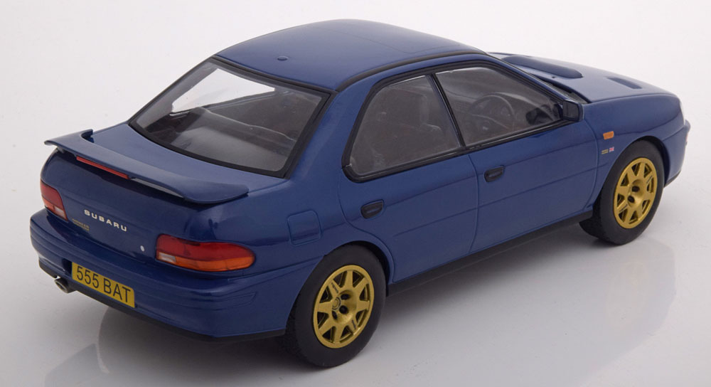 Subaru Impreza WRX RHD Blauw met goedkleurige velgen 1:18 Ixo models