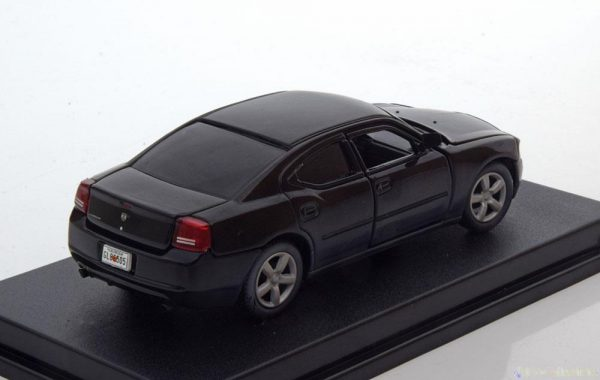 """Dodge Charger Police """"The Walking Dead"""" 2006 Daryl Dixon 1-43 Greenlight Collectibles"""