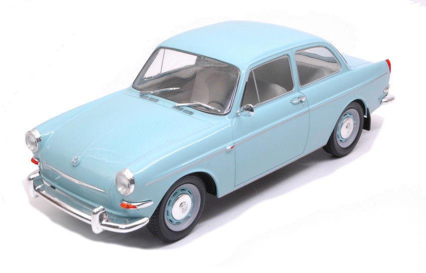 Volkswagen 1500S Type 3 1963 Very Light Blue 1:18 MCG Models