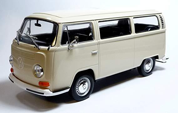 Volkswagen Bus T2 Beige 1-24 Welly