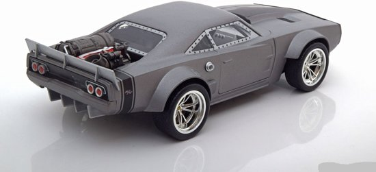 "Ice Dodge Charger R/T Dom's ""Fast and Furious 8"" Grijs 1-24 Jada Toys"