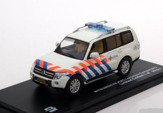 Mitsubishi Pajero Politie Netherlands 2013 Triple 9 Collection 1:43 Limited 504 pcs.
