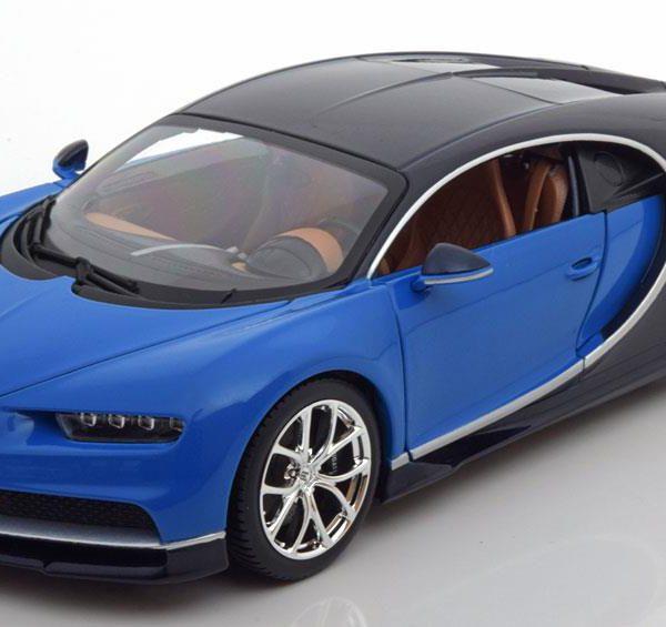 Bugatti Chiron 2016 - Blauw/Zwart Schaal 1:18 Bburago