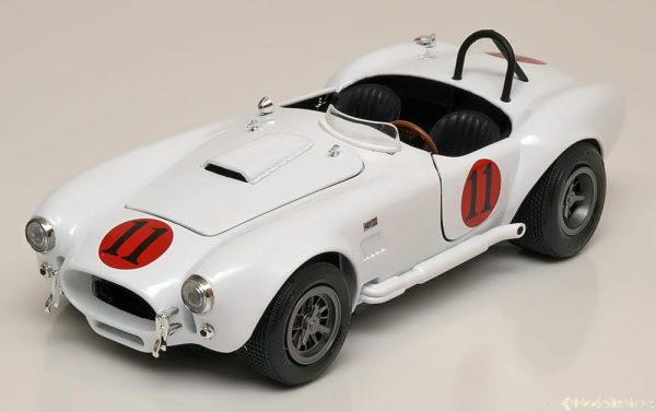 Shelby Cobra 427 S/C 1965 'Spinout' 1:18 Auto World Wit AWSS104