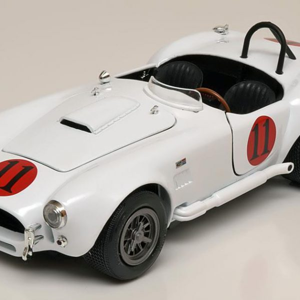 Shelby Cobra 427 S/C 1965 'Spinout' 1:18 Auto World Wit AWSS104