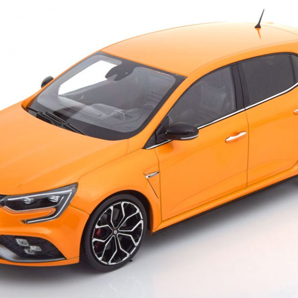 Renault Megane R.S.2017 Orange Metallic 1-18 Norev