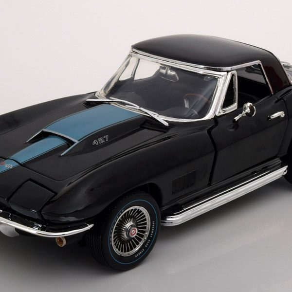 Chevrolet Corvette 427 Roadster 1967 1-18 Zwart Ertl Autoworld Limited 1002 Pieces