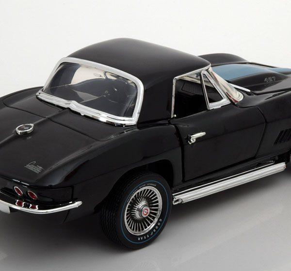 Chevrolet Corvette 427 Roadster 1967 1-18 Zwart Ertl Autoworld Limited 1002 Pieces