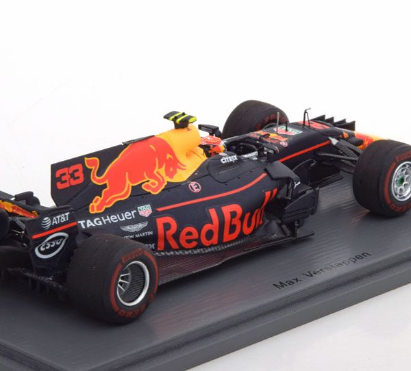 Red Bull Racing TAG Heuer RB13 Max Verstappen Winner Malaysian GP 2017 Spark 1-43