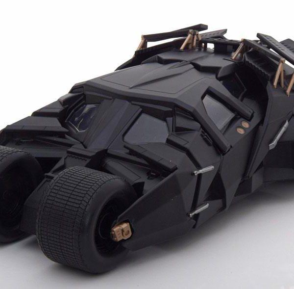 "Batmobile met Batman figuur film ""The Dark Knight"" 2008 1:24 Jada Toys"