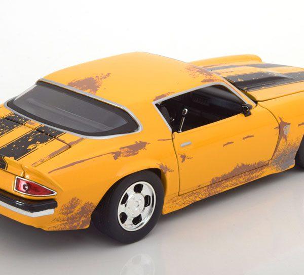 "Chevrolet Camaro ""Transformers Bumblebee""1977 Geel 1-24 Jadatoys"