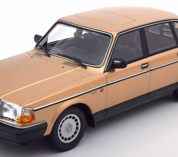 Volvo 240 GL 1986 Goud 1-18 Minichamps Limited 504 Pieces