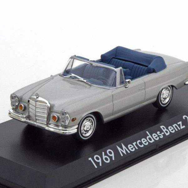 "Mercedes-Benz 280 SE Cabrio 1969 ""Film The Hangover""1-43 Greenlight Collectibles"
