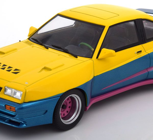 Opel Manta B Mattig 1991 MCG Models 1-18 Geel / Blauw