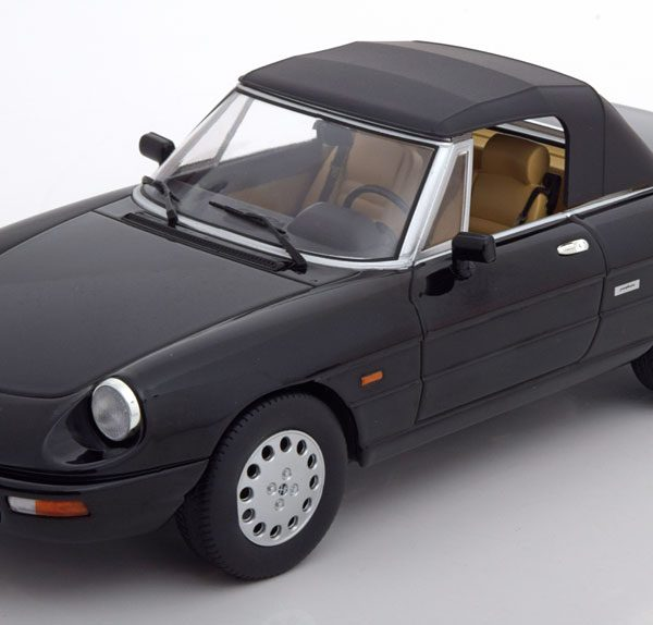 Alfa Romeo Spider 4 Softtop 1993 Zwart 1-18 KK Scale Limited 750 Pieces
