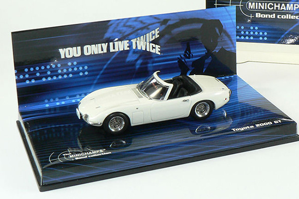 "Toyota 2000 GT ""You Only Live Twice"" James Bond 007 1:43 Wit Minichamps"