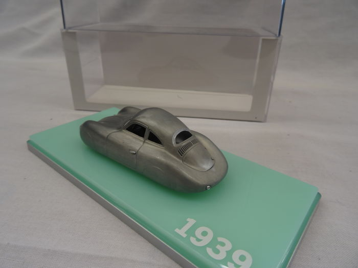 Porsche Type 64 Grijs 1:43 True Scale models