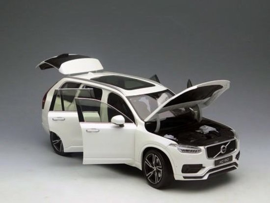 Volvo XC90 R Design 2015 Wit 1/18