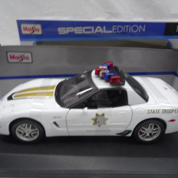 Chevrolet Corvette Z06 Police State Trooper 1-18 Maisto