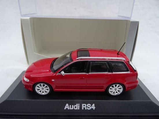 Audi RS4 Avant 1998 Rood 1-43 Minichamps