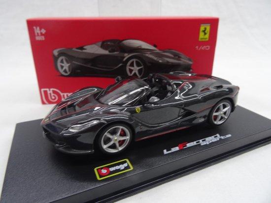 """Ferrari """"La Ferrari"""" Aperta Zwart 1-43 Burago Signature Series"""