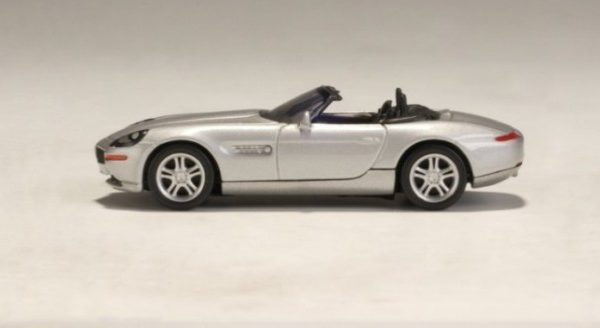 BMW Z8 1999 Zilver 1-64 Autoart