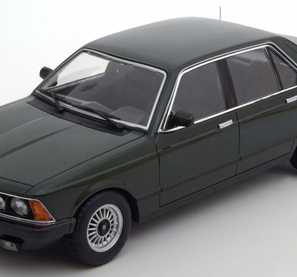 BMW 733i E23 1977 Donkergroen Metallic 1-18 KK Scale Limited 1000 Pieces