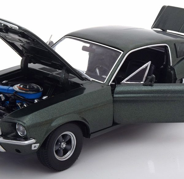 Ford Mustang GT Fastback 1968 uit de film Bullit met Steve McQueen ( no Figure )1-18 Greenlight Collectibles