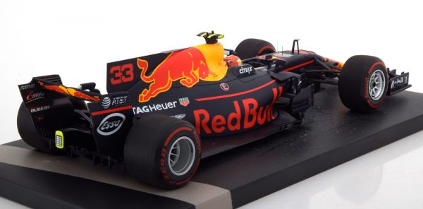 Red Bull Racing Tag Heuer RB13 Sieger GP Malaysia 2017 Max Verstappen 1-18 Minichamps Limited 240 Pieces