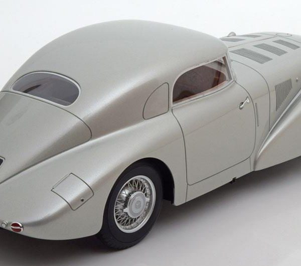 Mercedes-Benz 540K W29 1938 Zilver 1-18 BOS Models Limited 1000 Pieces