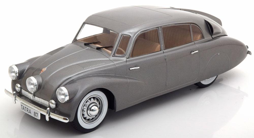 Tatra 87 1941 Grijs 1-18 MCG Models