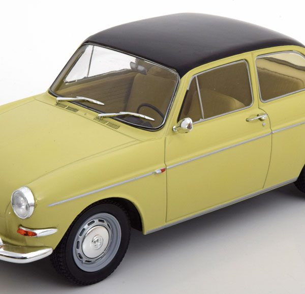 Volkswagen 1500 S Typ 3 Beige/Zwart 1:18 MCG models