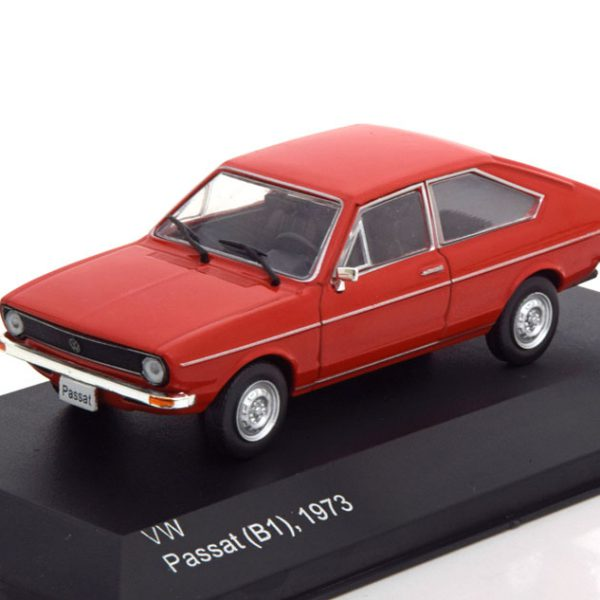 Volkswagen Passat B1 1973 Rood 1-43 Whitebox Limited 1000 Pieces