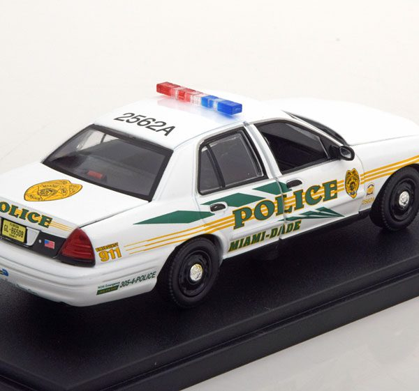 """Ford Crown Victoria Police 2003 """"CSI Miami """"1-43 Greenlight Collectibles"""