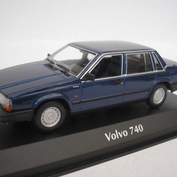 Volvo 740 1986 Blauw 1-43 Maxichamps
