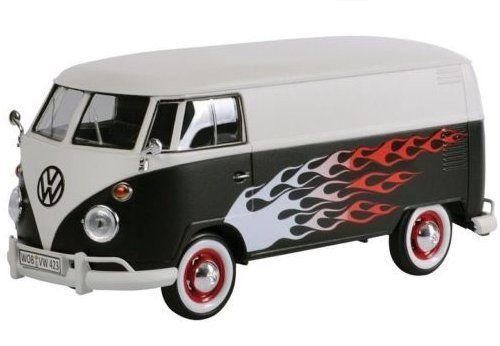 Volkswagen Type 2 T1 bus Hot Rod Mat Zwart / Wit met Vlammen 1:24 MotorMax