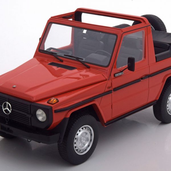 Mercedes-Benz G-Klasse W460 Cabriolet 1979 Rood 1-18 Cult Scale Models Limited